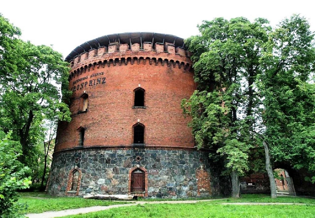 Оборонительная казарма Кронпринц в Калининграде