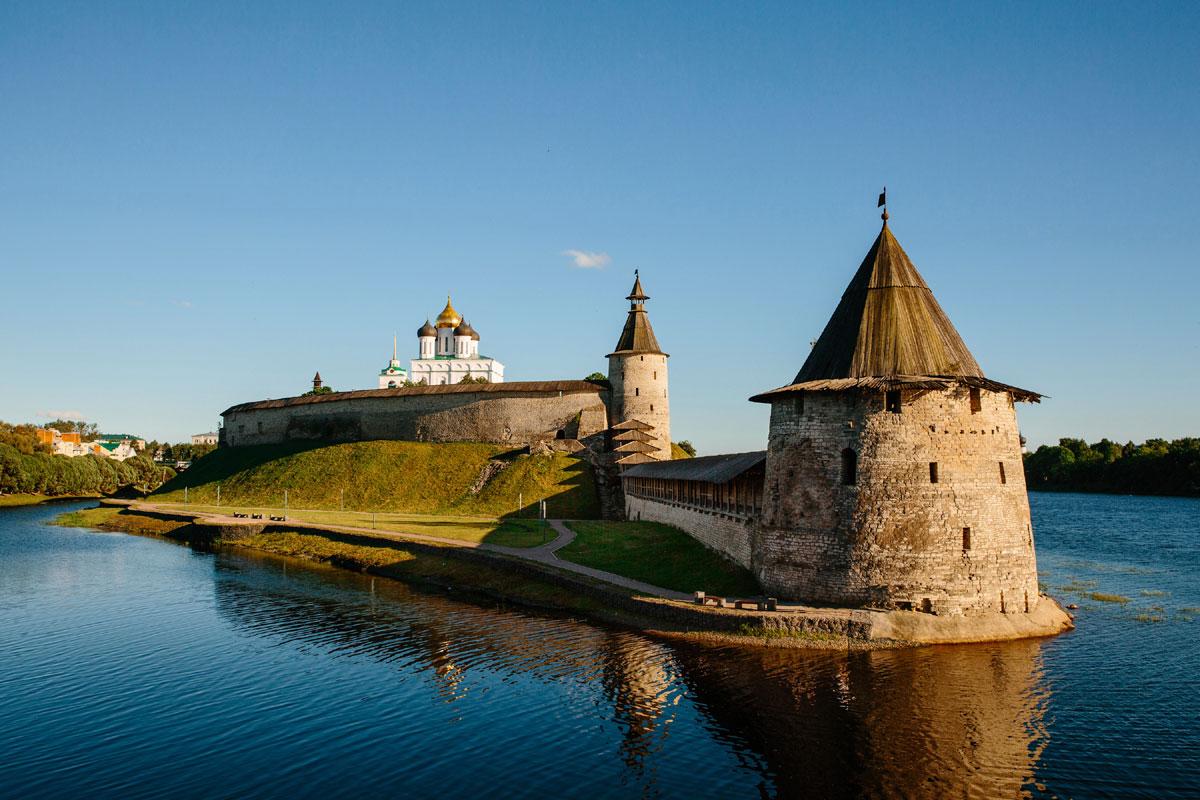 Башни Псковской крепости