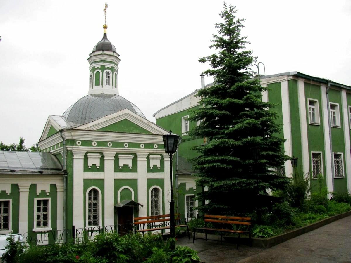 Покровская церковь в Смоленске