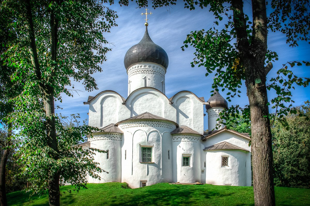 Церковь Василия на Горке в Пскове