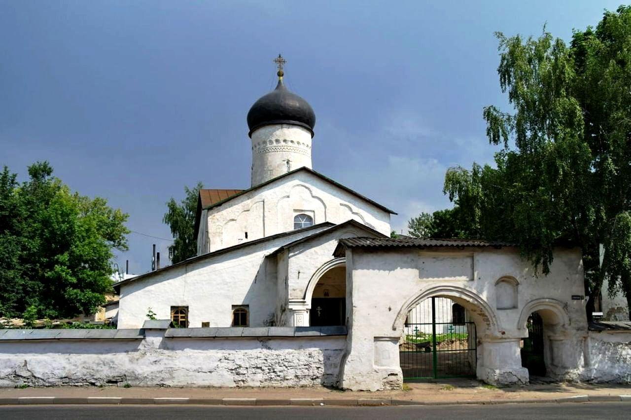 Церковь Космы и Дамиана сПримостья